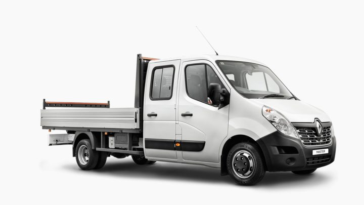 MASTER Cab Chassis Dual Cab